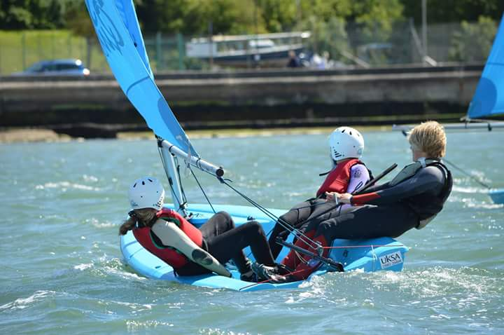 Dinghy sailing lesson taking place in Cowes