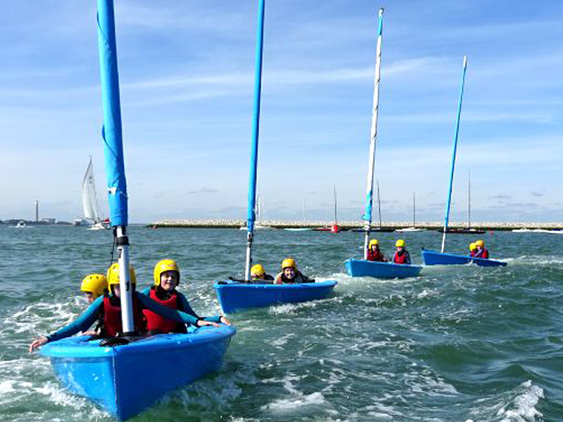 Longlands Primary School enjoying dinghy sailing with UKSA