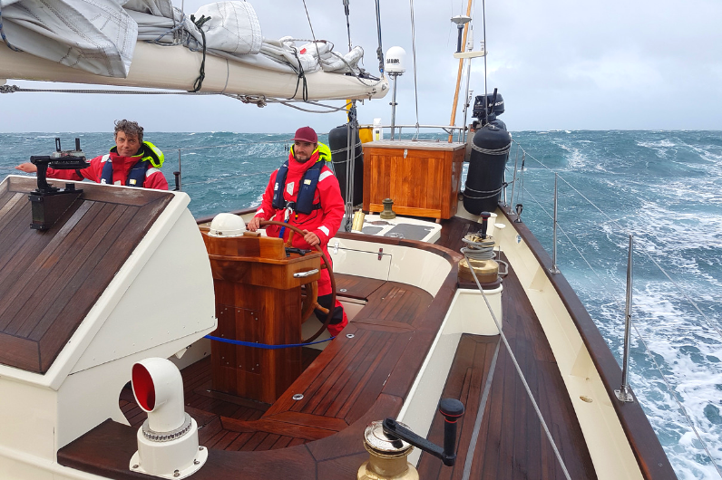 How to become a skipper