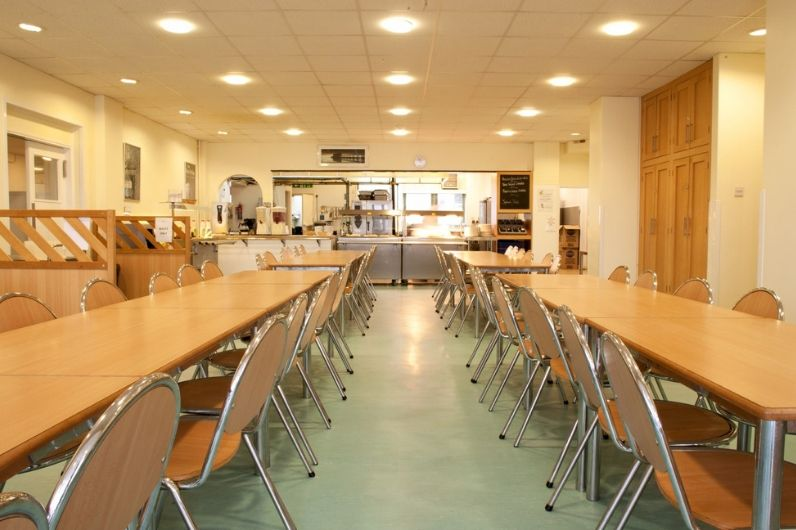 Dining hall & bar area - the ideal place to network